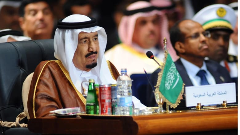 """الدبابات السعودية تزحف إلى الجنوب.. هل تنطلق """"عاصفة الحزم"""" البرية من جازان ونجران؟"""