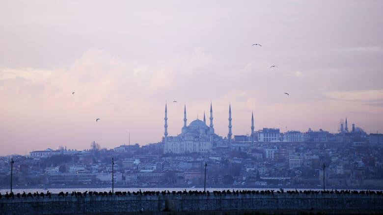 تكهنات حول إمكانية وقوف هجوم إلكتروني خلف الانقطاع الغامض وشبه الكامل للكهرباء بتركيا