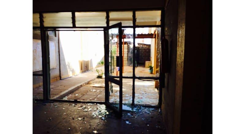 بالصور.. آثار الهجوم الذي خلف 147 قتيلا بجامعة في كينيا