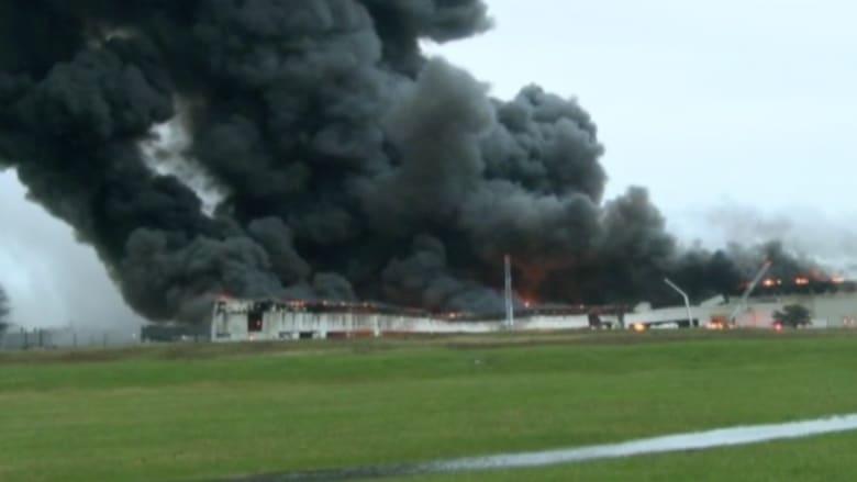 بالفيديو.. حريق هائل يلتهم مبنى شركة جنرال إلكتريك بولاية كنتاكي