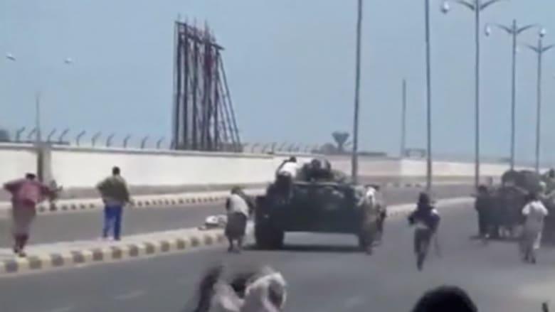 """اليمنيون وجيرانهم منشغلون بـ""""عاصفة الحزم"""".. و""""القاعدة"""" تبحث عن فرصة لإبقاء الفوضى"""