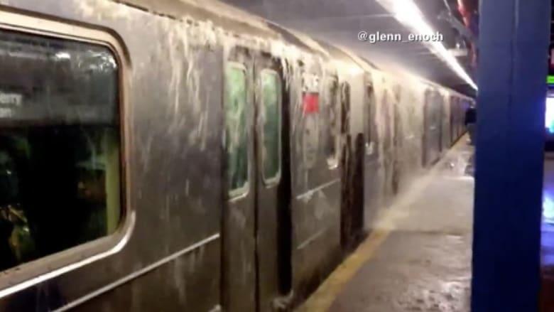 فيضان بلا أمطار يوقف حركة المترو في نيويورك