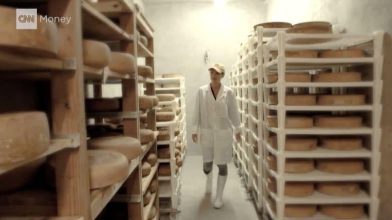 بالفيديو.. كاميرا CNN داخل أقدم كهف للجبن في أمريكا