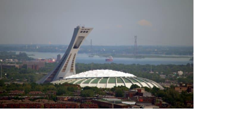 إستاد مونتريال الأولمبي بمدينة مونتريال الكندية