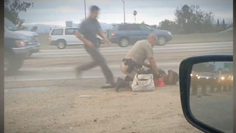 """تطبيق جديد لـ""""فضح"""" سوء السلوك لدى الشرطة الأمريكية"""