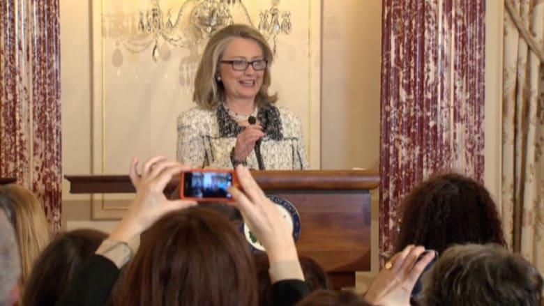 بالفيديو.. في سعيها للعودة إلى منزلها السابق.. كلينتون: أنا أترشح للرئاسة