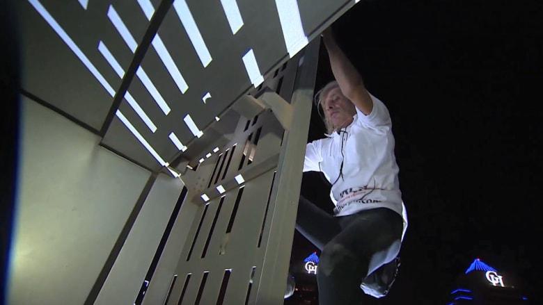 """بعد برج خليفة.. """"سبايدرمان"""" الفرنسي يعود إلى دبي لتسلق """"برج كايان"""""""