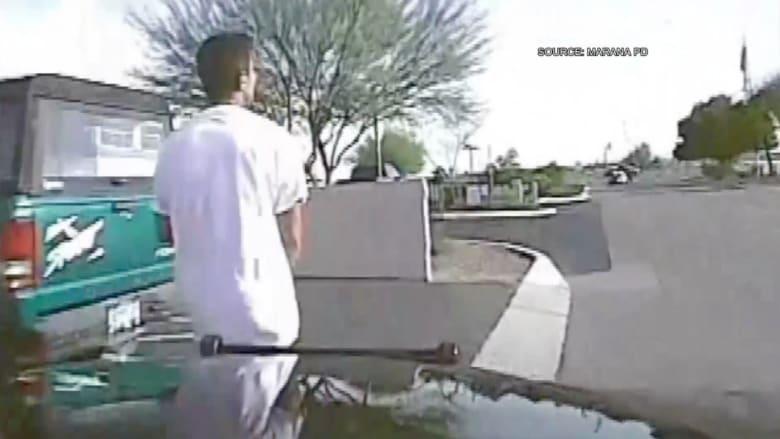 شاهد: كاميرا سيارة شرطة تسجل دهس شرطي لمشتبه به