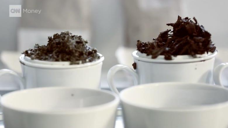 بالفيديو.. الشاي من الغلي في الإبريق.. إلى حالة غليان بين بيبسي وكوكا كولا