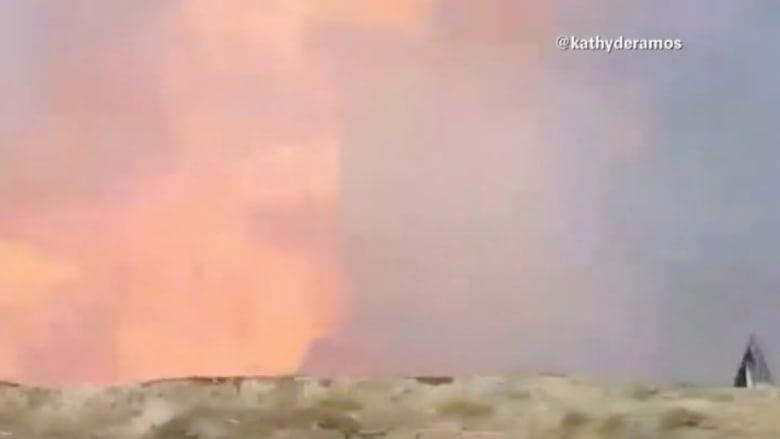 شاهد بالفيديو.. لحظة انفجار هائل في ميدان للرماية بكاليفورنيا