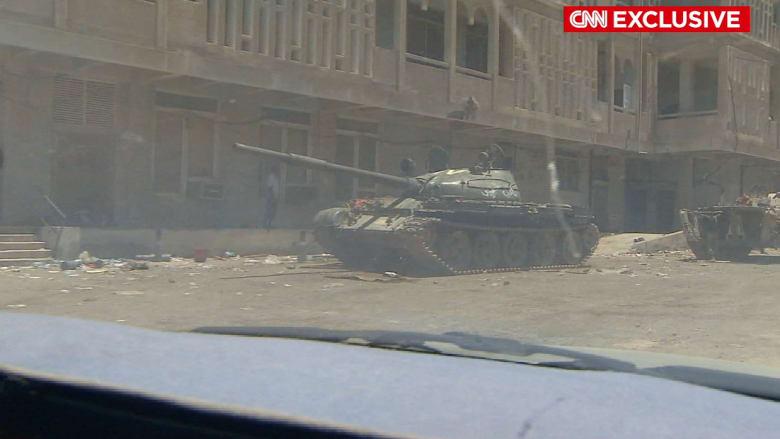 حصرياً: مشاهدات لـCNN من داخل عدن.. مدينة تحت الحصار