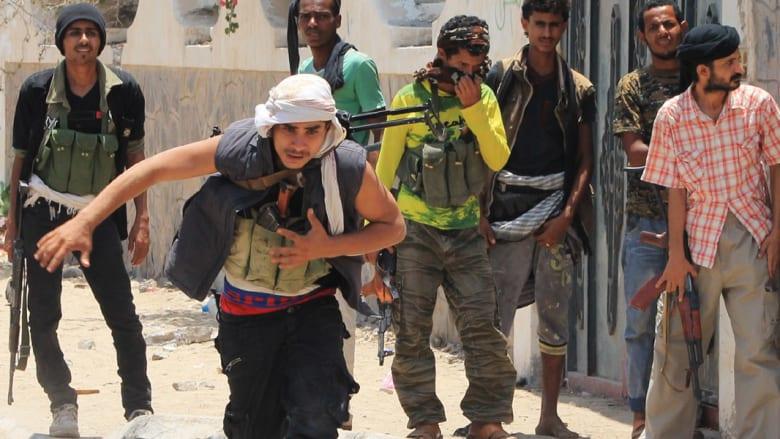 تقدم لقوات هادي في مأرب وصنعاء الخاضعة لسيطرة الحوثيين تلاحق الزنداني وكرمان وآل الأحمر قضائيا