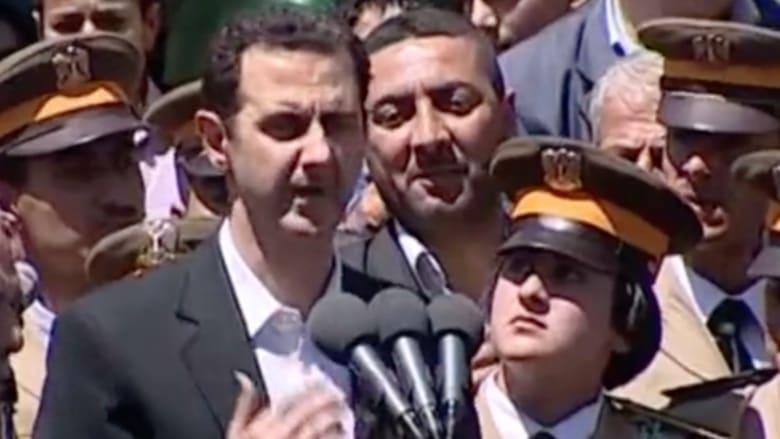 بالفيديو.. أول ظهور علني للأسد منذ سقوط إدلب وجسر الشغور