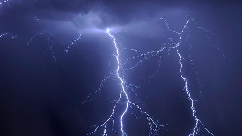 هل فكرت يوما ما.. ما هو شكل الرعد؟