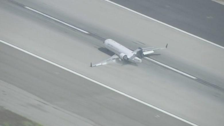 بالفيديو.. لحظات مرعبة لهبوط طائرة بدون عجلات في لوس أنجلوس