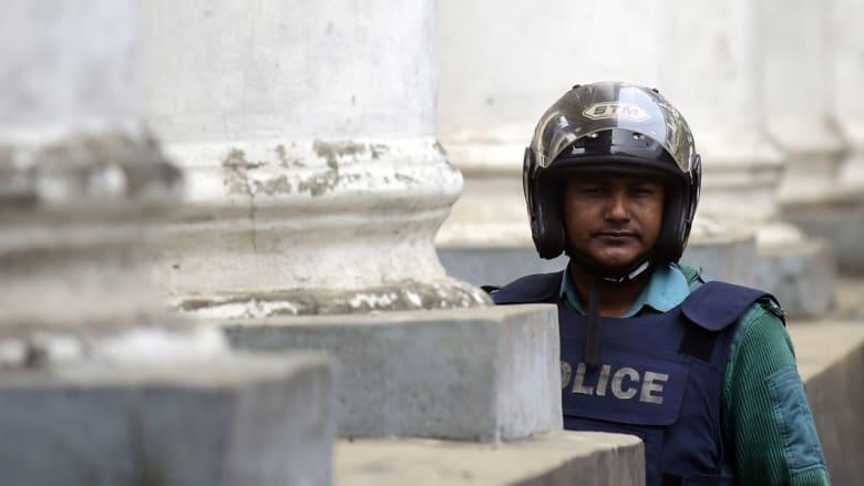 في هجوم آخر بالسواطير.. مقتل ثالث مدون ملحد في بنغلاديش
