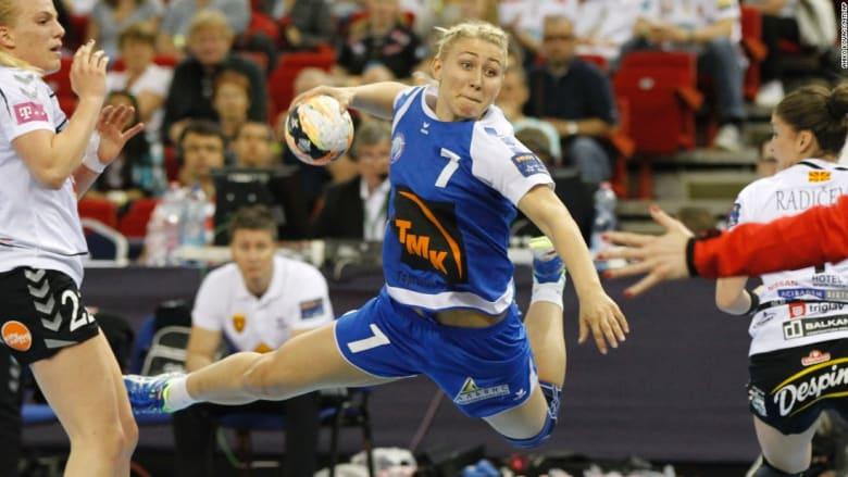 لقطة من مباراة لكرة اليد في روسيا