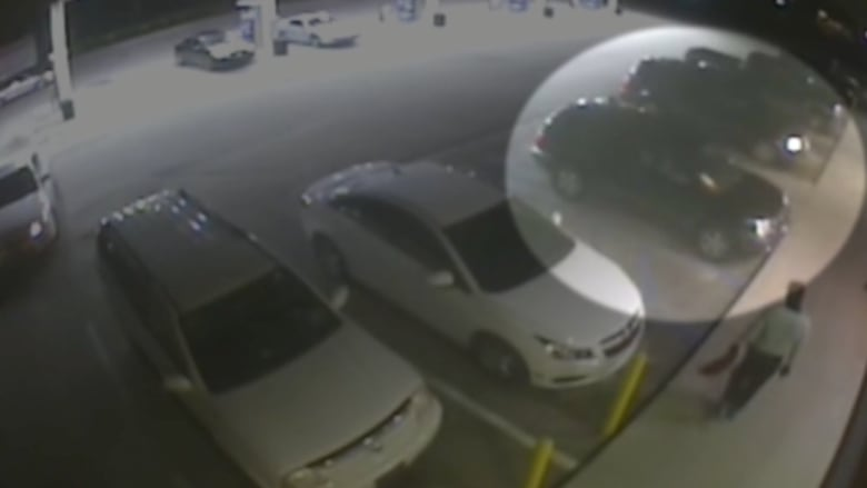 شاهد.. الشرطة تنشر فيديو لرجل متهم بإطلاق النار على ضابط بكارولينا الجنوبية