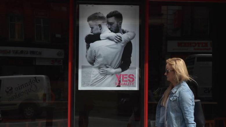 أيرلندا أول دولة تسمح بزواج مثليي الجنس باستفتاء شعبي رغم معارضة الكنيسة