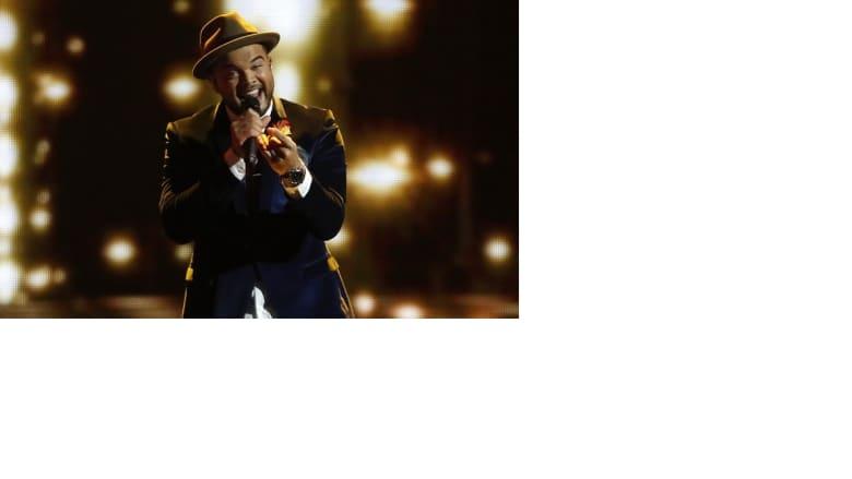 """في المرتبة الخامسة جاء الأسترالي غاي سبستيان بأغنية """"تونايت أيغين"""""""