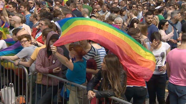 أيرلندا: الشعب يصوت بنعم على زواج المثليين