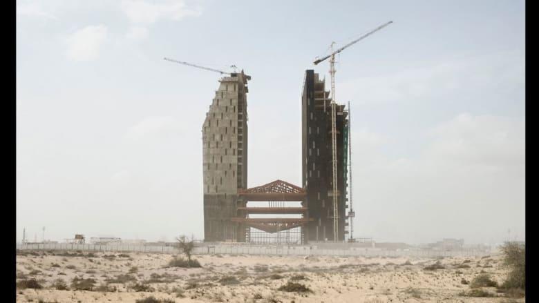 بالصور.. عالم الإمارات المتوازي بين الحداثة والتقاليد