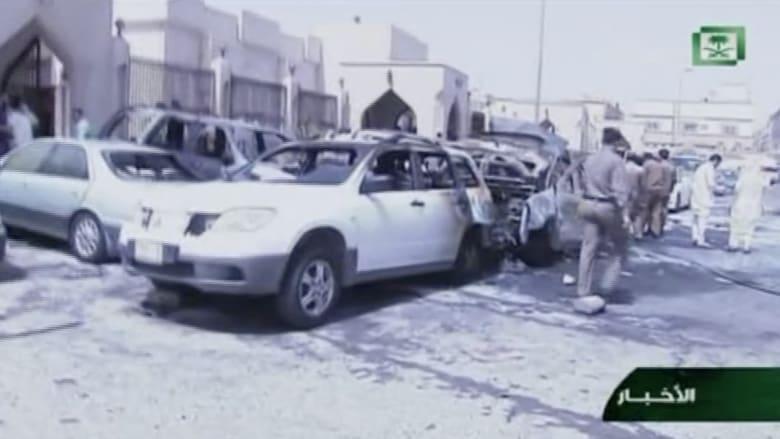 بالفيديو .. آثار الدمار الذي خلفه تفجير استهدف مسجدا للشيعة في منطقة العنود بالدمام