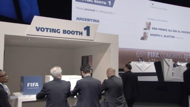 بالفيديو.. بدء عملية التصويت لانتخاب رئيس الفيفا
