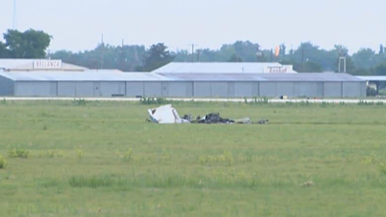 بالفيديو.. تحطم طائرة صغيرة ومقتل جميع ركابها في تكساس