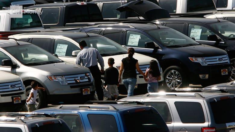 شركات السيارات تخطط لبيع 17 مليون سيارة جديدة بأمريكا هذه السنة