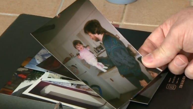 أب يجد ابنته بنفسه بعد 16 سنة.. ومركز الرعاية يطالبه بالمال