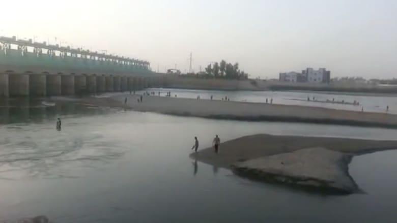 بالفيديو.. انخفاض منسوب المياه بعد إغلاق داعش لبوابات سد الرمادي