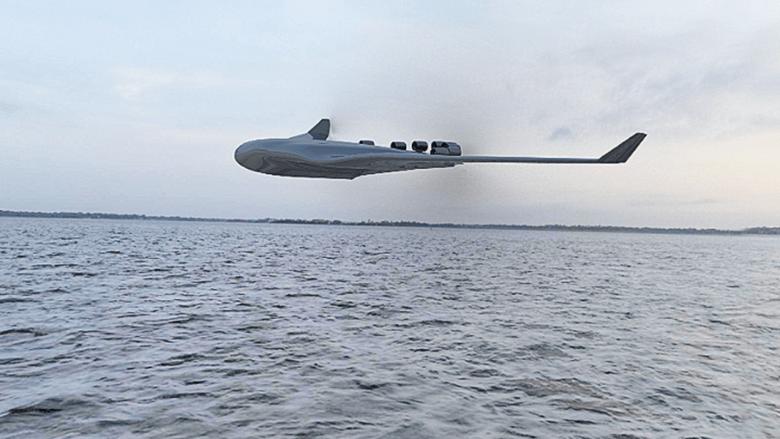 الطائرة فوق الماء
