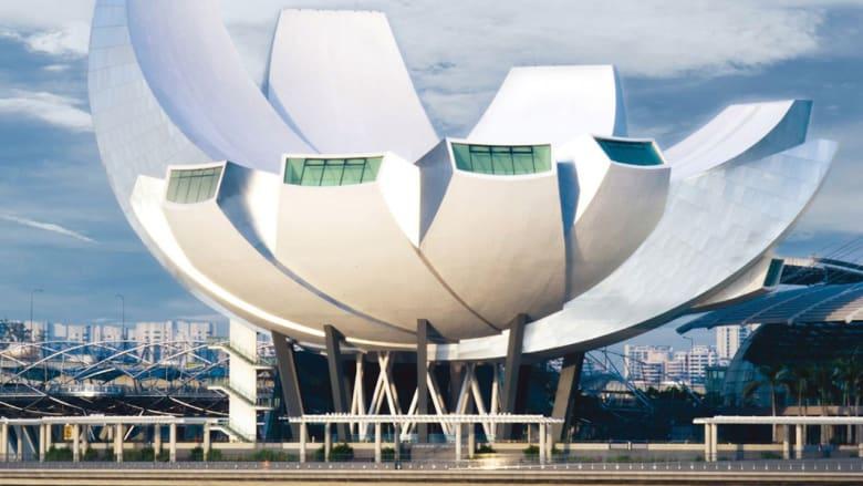 هذه المباني تحكي قصة مدينة تدخل المستقبل من أوسع أبوابه