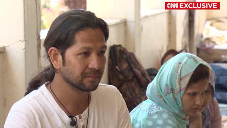 عبر تركيا وإيران وباكستان وأفغانستان.. CNN ترافق عائلة برحلة لجوء هربا من الموت