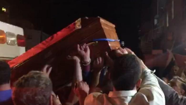 بالفيديو.. جثمان طارق عزيز في عمان بعد وصوله بلحظات