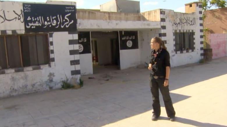 بالفيديو.. كاميرا CNN داخل أحد أهم معاقل داعش الأمنية بتل أبيض