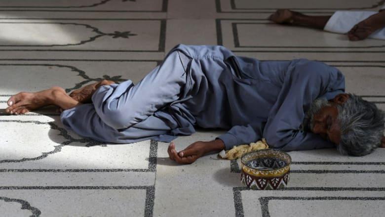 بالصور.. عدد ضحايا موجة الحر في باكستان خلال رمضان يتجاوز الألف