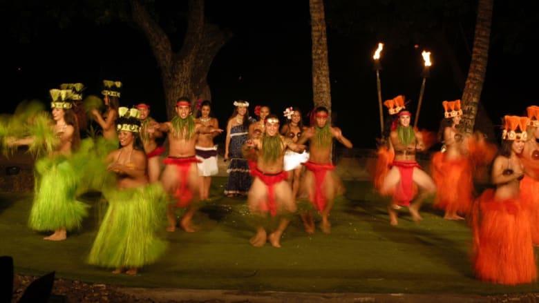 هذه هاواي بشمسها ورمالها ومياهها.. كما لم تعشها من قبل