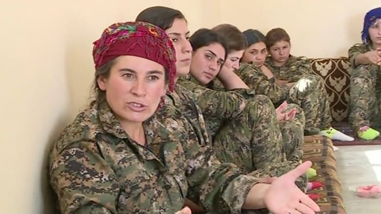 """كرديات في الجبهة الأمامية.. معركة وجود وكرامة في مواجهة """"داعش"""""""