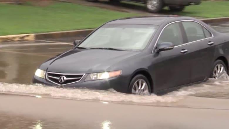 بالفيديو.. أمطار غزيرة وفيضانات في ولاية ألاباما