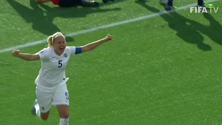 كرة القدم النسائية.. مهارات تفتقر إلى الدولارات