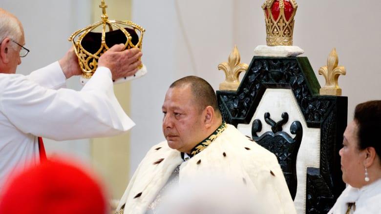 الملك توبو السادس هو أحدث المنضمين لقائمة الملوك بعد أن تم تتويجه رسميا في تونغا