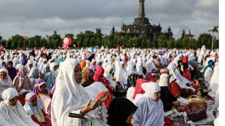 صلاة العيد جزيرة بالي - إندونيسيا