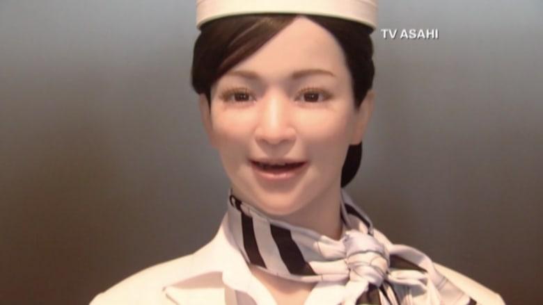بالفيديو.. فندق في اليابان موظفوه من الروبوتات