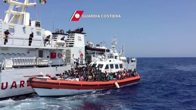 بالفيديو.. شاهد لحظة انقاذ 2000 مهاجر قرب سواحل ليبيا
