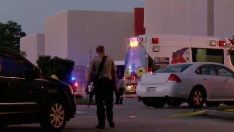 بالفيديو.. المشاهد الأولية لحادثة إطلاق النار في سينما في لويزيانا