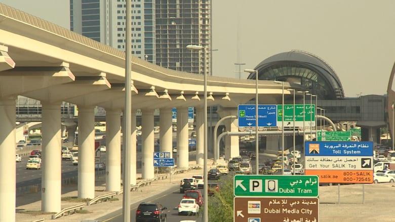 بعد تحرير أسعار الوقود بالإمارات.. هذه بعض ردود أفعال العاملين في دبي