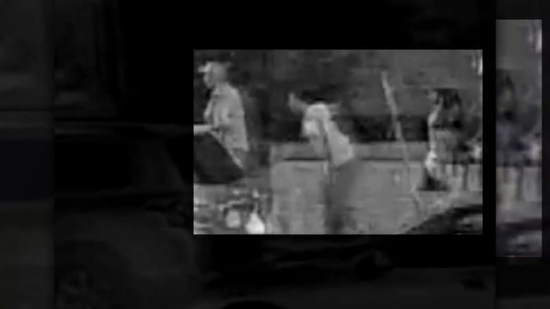 بالفيديو.. رجلان يطلقان النار على تسعة أشخاص في حفلة