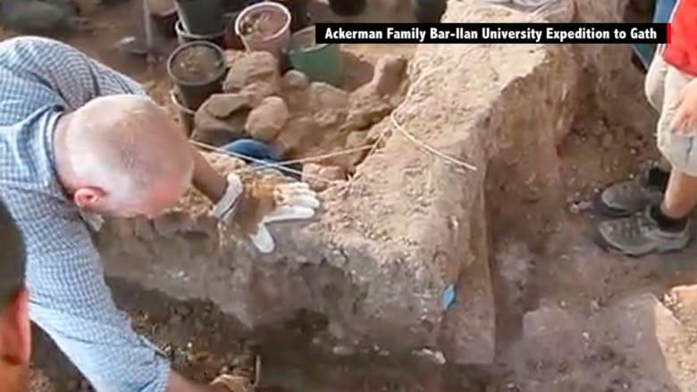 """شاهد.. هل اكتشف علماء الآثار فعلاً """"بوابات جالوت""""؟"""